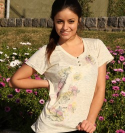 Art. 4320 – REMERA FLOWERS